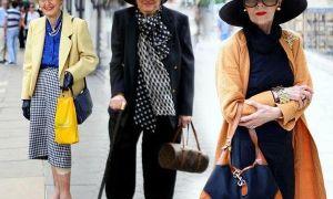 Куртки для женщин 50 лет с фото: верхняя одежда, которая молодит
