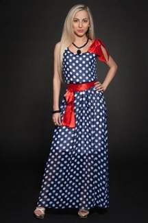 Синее платье в пол с красным поясом