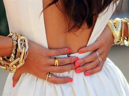 Почему нельзя носить золото и серебро на одной руке