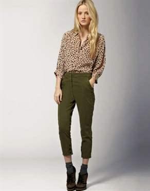 Укороченные брюки коричневого цвета