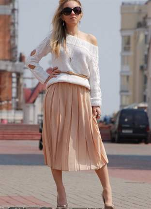С чем носить бежевую юбку плиссе фото