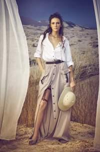 Сафари с длинной юбкой