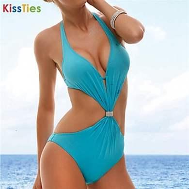 Вместо купальника лоскутки на пляже фото фото 346-326