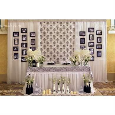 Красиво украшенный стол на свадьбу