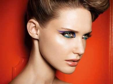 Красивый повседневный макияж для зеленых глаз