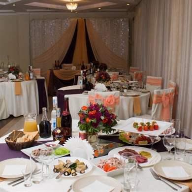 Расстановка столов на свадьбу - схема, варианты и правила