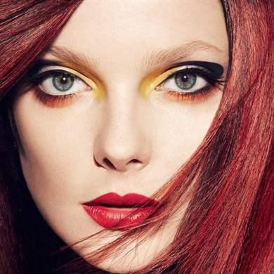 Макияж для рыжеволосых с голубыми глазами
