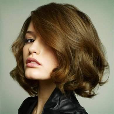 белый цвет волос у женщин старит или нет