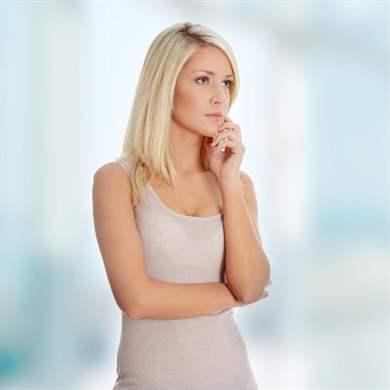 признаки неприятного запаха изо рта