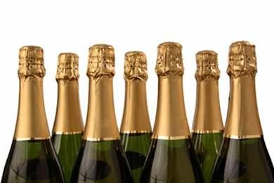 Украсить бутылку шампанского на свадьбу  фото лентами 21