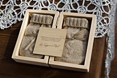 Запоминающиеся подарки на свадьбу 35