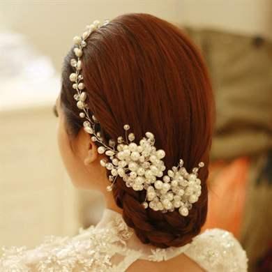 Свадебные заколки из бусинок