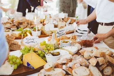 Сырные столы на свадьбу 94