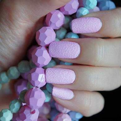 Дизайн ногтей под хохлому