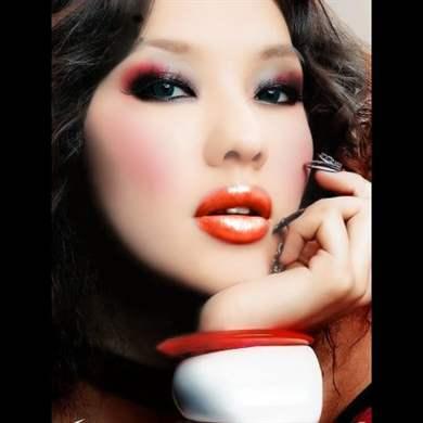 Фото красивого макияжа для узких глаз