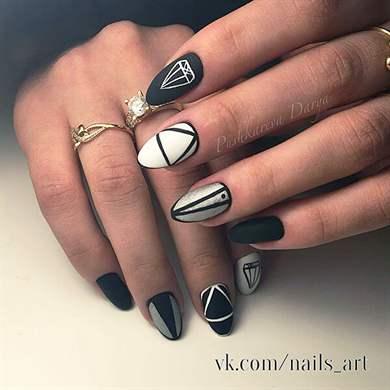 Геометрические животные дизайн ногтей
