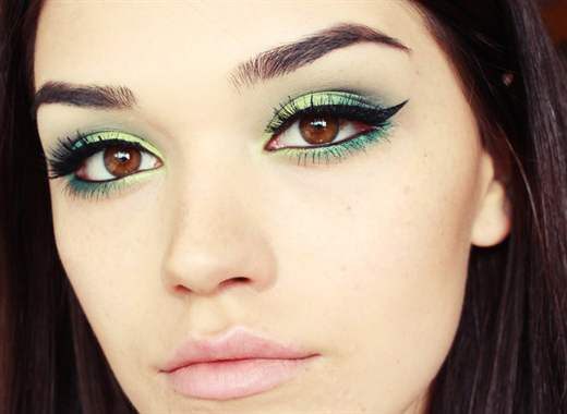 Eye makeup colors for green eyes