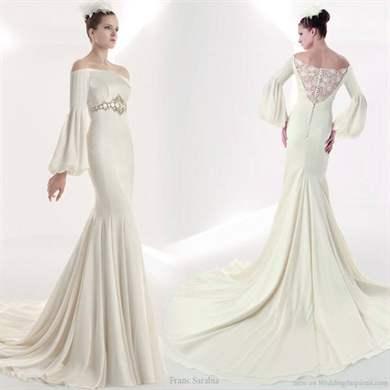 Свадебное платье с рукавом клеш