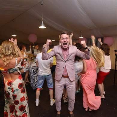 конкурс для знакомства гостей на свадьбе