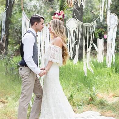 Скромная свадьба только для друзей