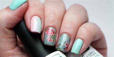 рисовать розы на ногтях