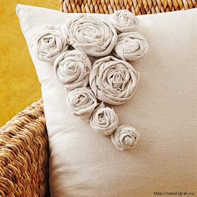 Цветы из полосок ткани своими руками