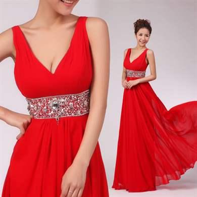 Красное платье греческого стиля