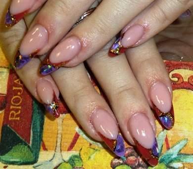 Рисунки на острых ногтях, женский журнал