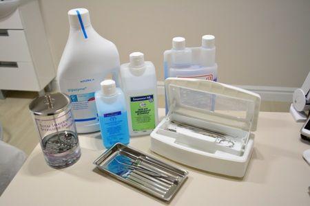 Как продезинфицировать маникюрные инструменты в домашних условиях