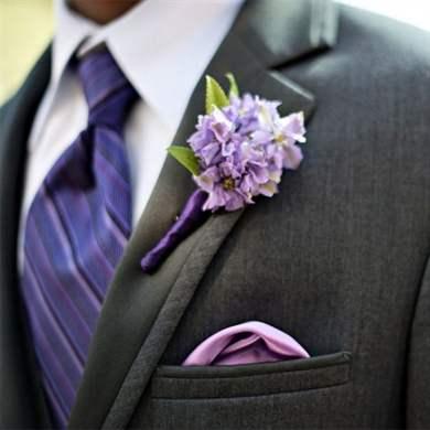 Бутоньерка из живых цветов жениху и свидетелю с фото и видео