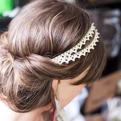 Прически с резинками на короткие волосы
