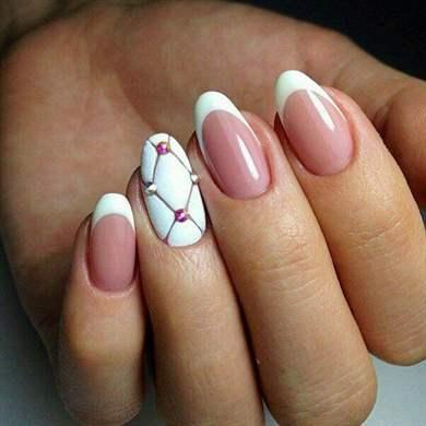 Фото миндалевидных ногтей френч