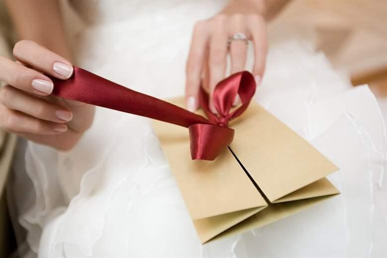 Поздравление шуточное на свадьбу от крестной крестнику