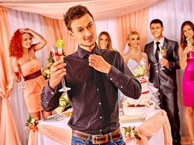 Свадебная прогулка гостей: идеи для веселого времяпровождения