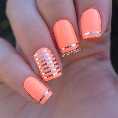 Дизайн ногтей с полосками блестящими