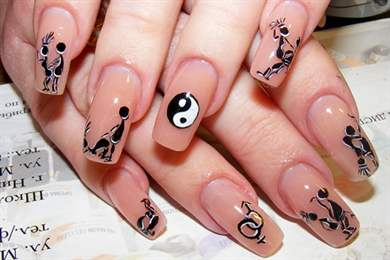 Рисунок на ногти простой