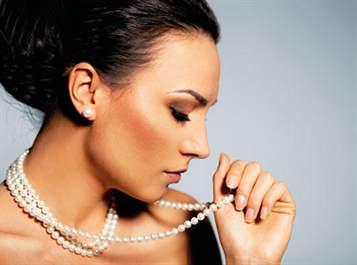 Почему нельзя носить жемчуг незамужним