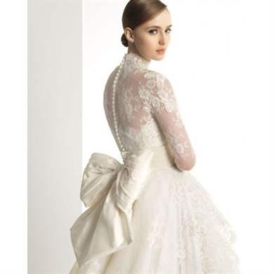 Зимние свадебные платья: модный зимний вариант