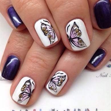 Фото дизайна на ногтях бабочка