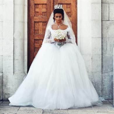 Как выбрать свадебное  если широкие плечи
