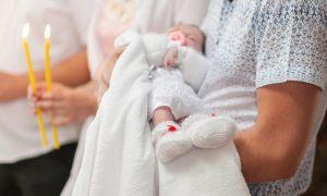 Как проходят крестины ребенка и взрослого человека
