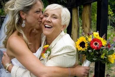 Изображение - Тосты от мамы невесты на свадьбу 35-beautiful-mother-of-the-bride-hairstyles-10