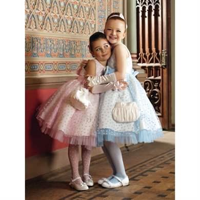 3a70a622294 Модная одежда для девочек  главные тренды этого сезона
